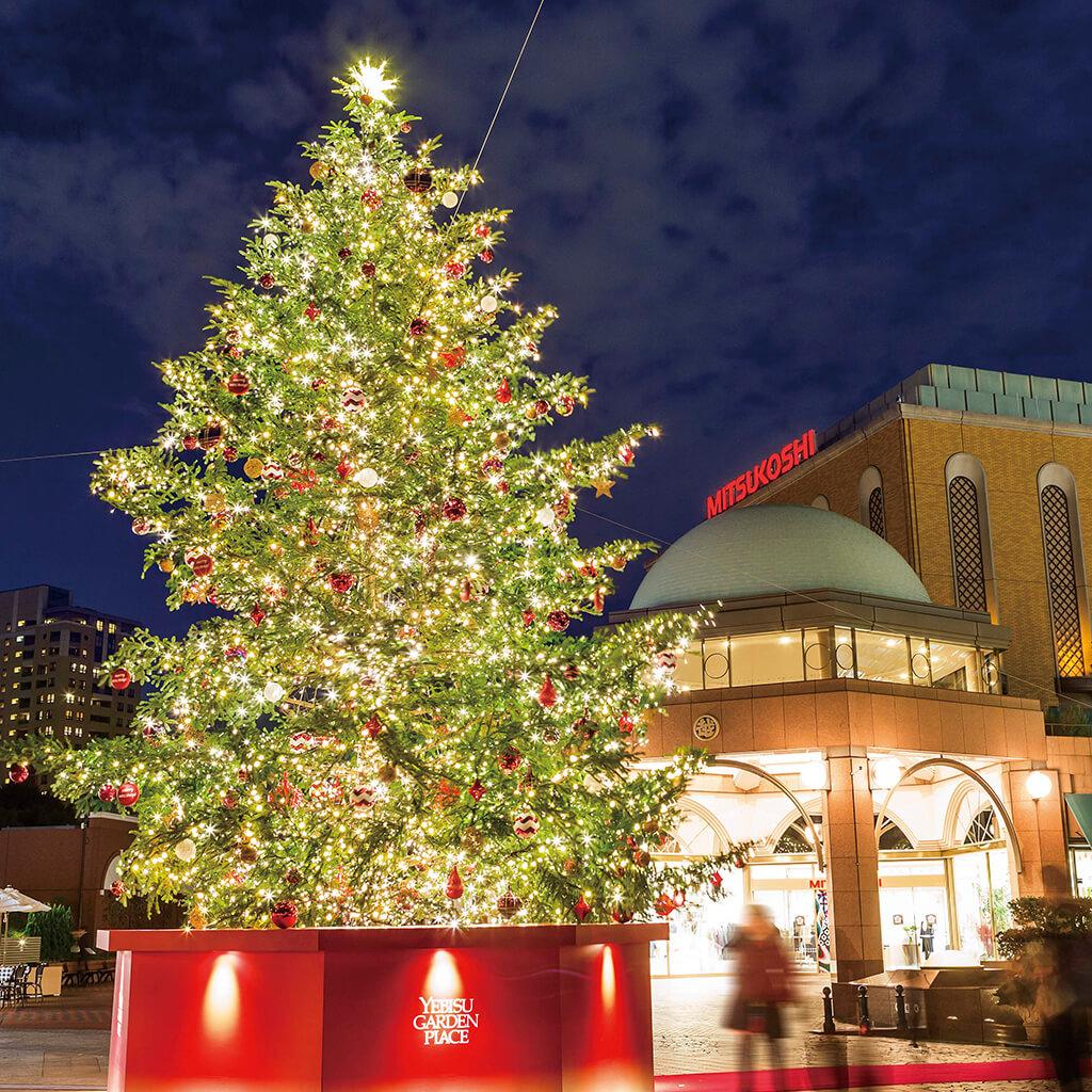 今年も恵比寿に世界最大級バカラシャンデリアが登場。クリスマスまで限定シャンパンバーも