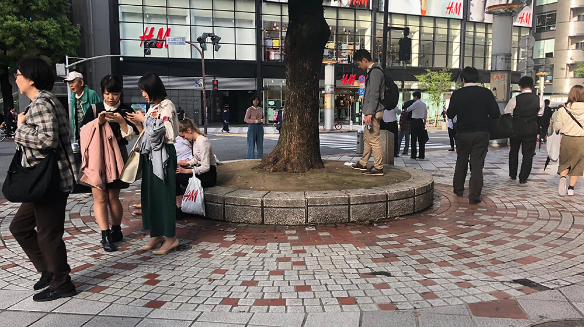 渋谷で見つけた5つの公共ベンチと、いつもと違う5つの過ごし方
