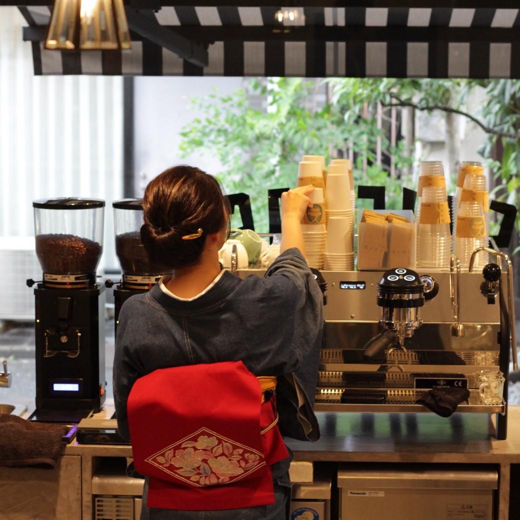 浅草のニューフェイスに注目。下町散歩で訪れたい新オープンのコーヒースタンド