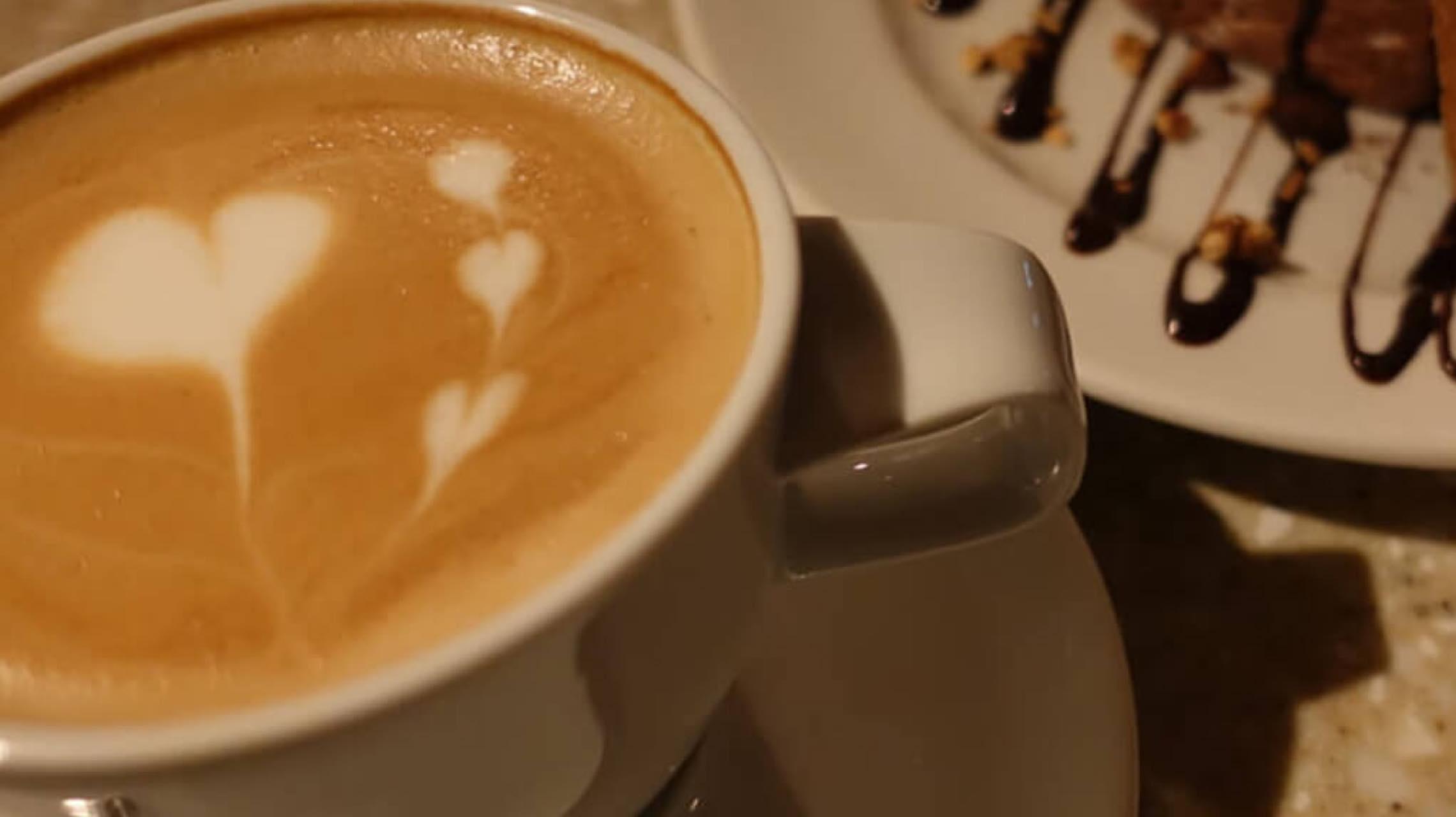 まだ帰りたくない夜に、表参道の夜カフェおすすめリスト