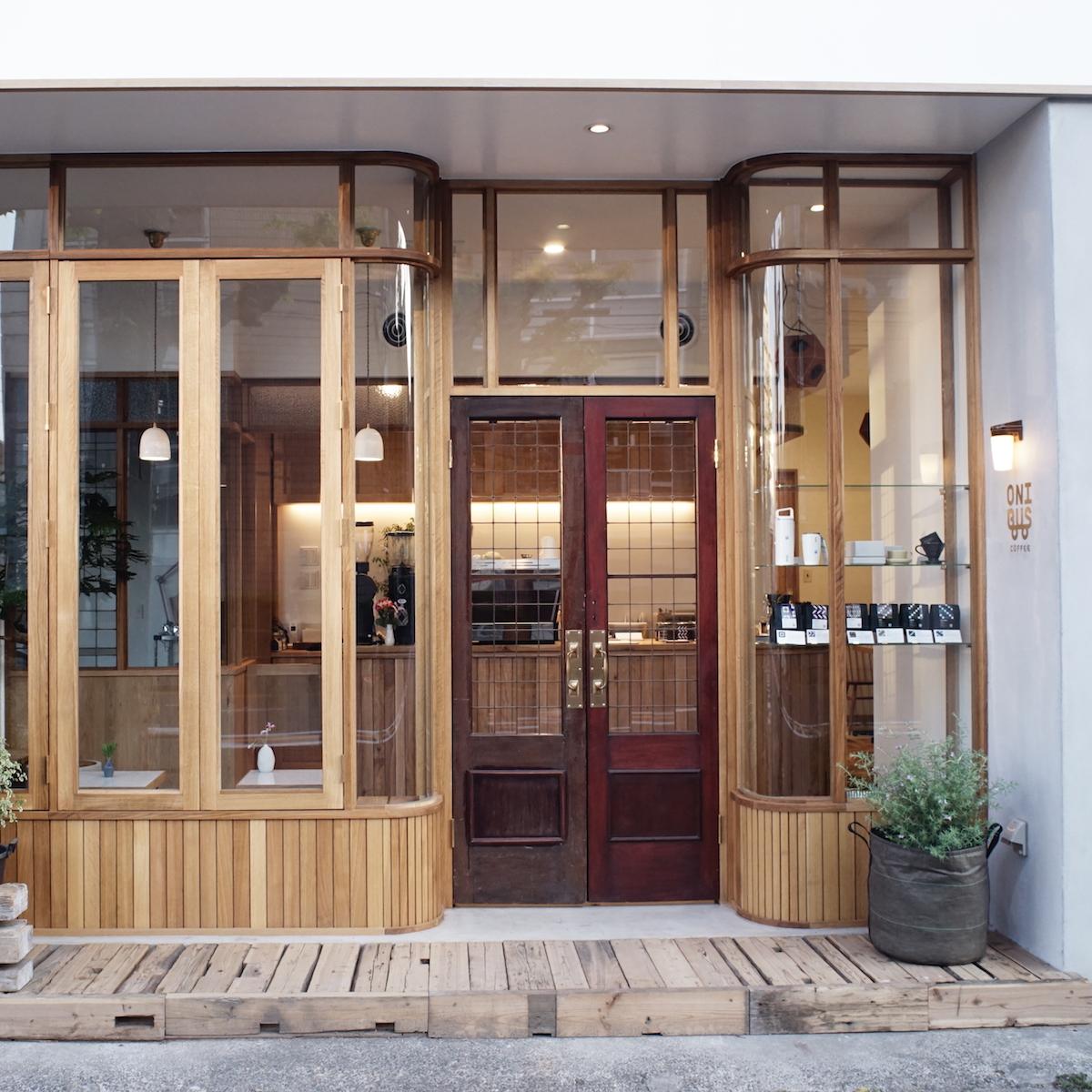 コーヒーを通じて人とつながる。ONIBUS COFFEEの旗艦店が八雲にオープン