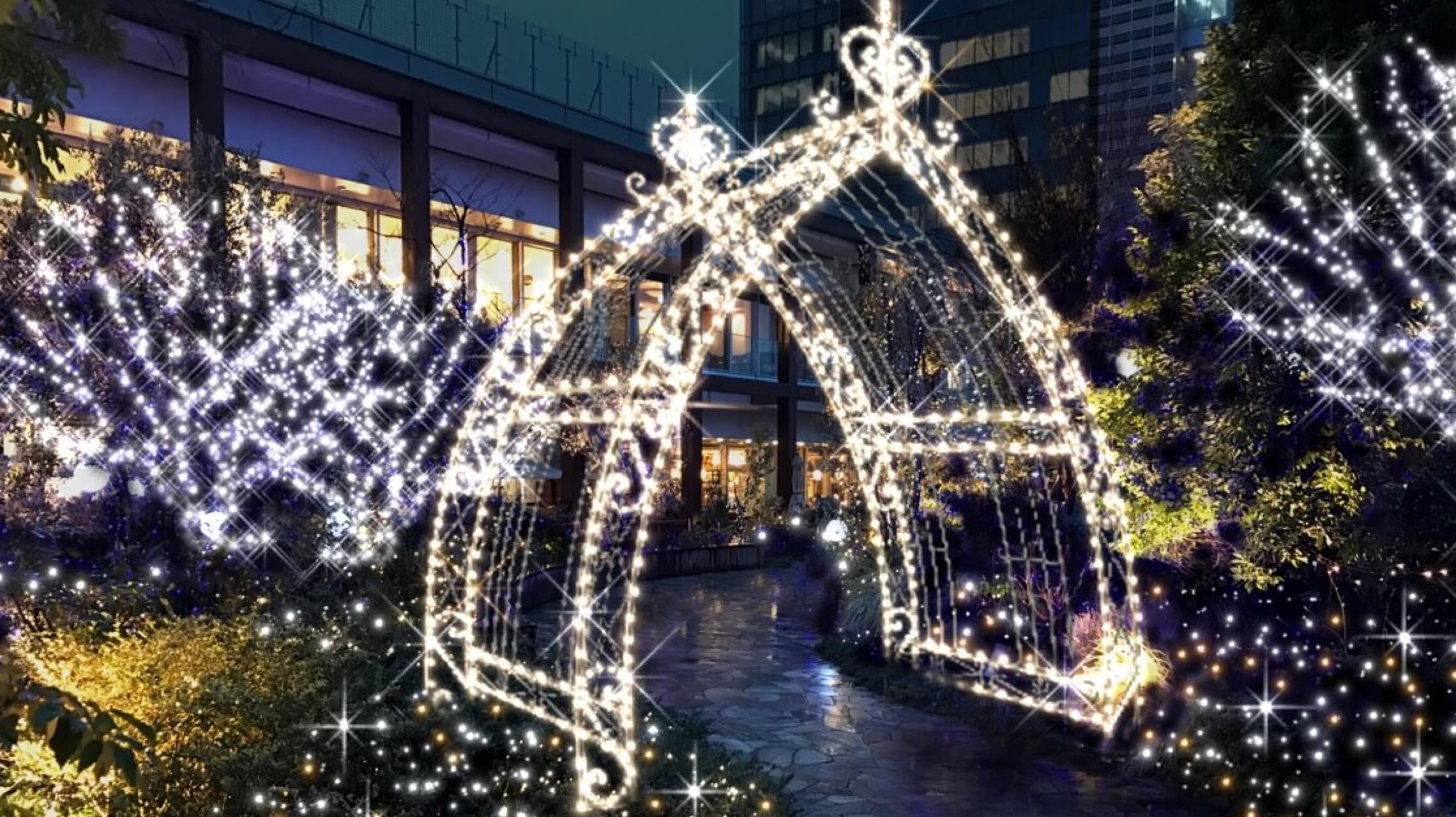 ショッピングや仕事の合間に…ゆったり休憩できる新宿の屋上庭園5選
