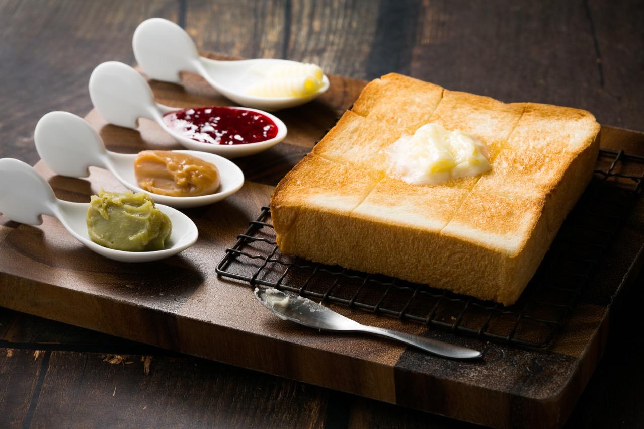 もはや社会現象。東京のパン好きを虜にする「高級食パン専門店」をチェック