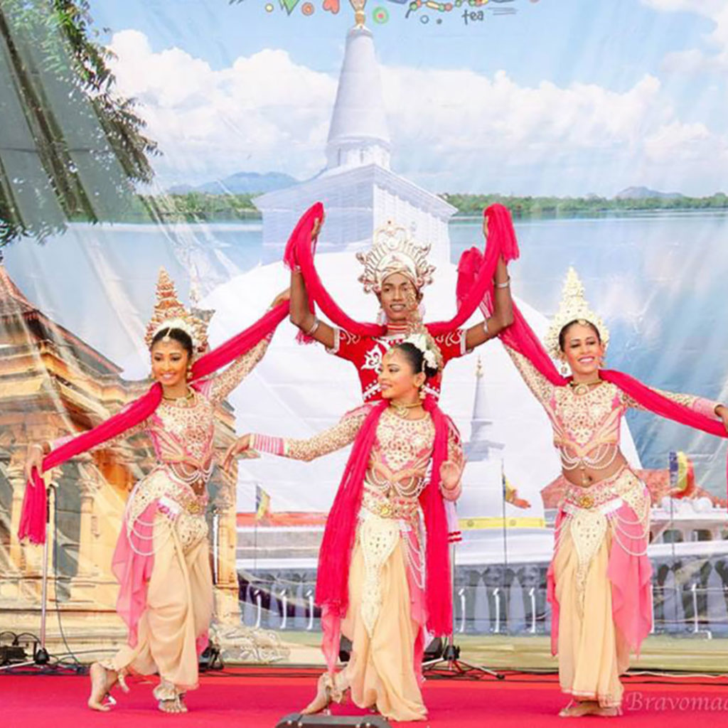 スリランカフェスティバルのダンサー