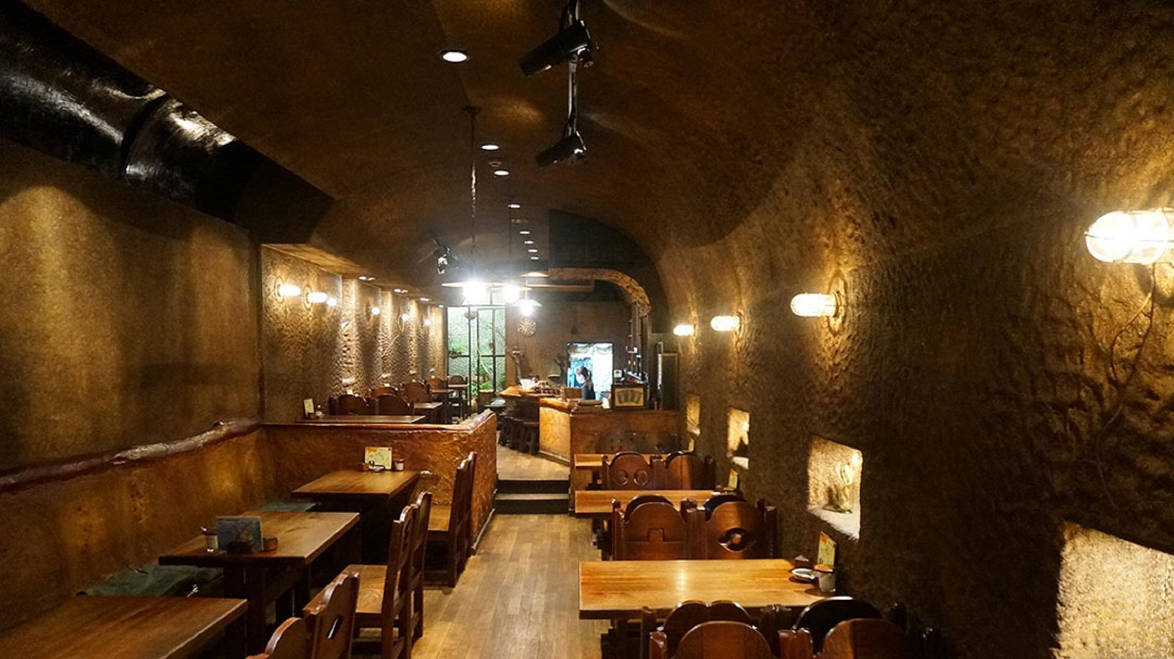 ずっと変わらない。吉祥寺の洞窟喫茶「くぐつ草」で過ごす穏やかな自分時間