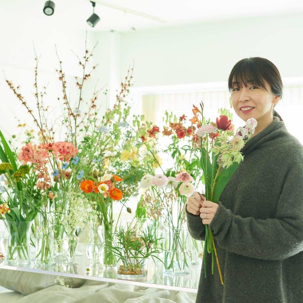 「紙の花」さえも美しく、新しい。フラワークリエーター篠崎恵美が創る世界