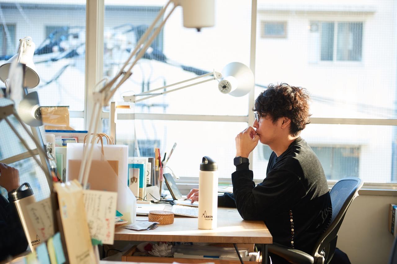 しごとバー主宰・ナカムラケンタが実践する「生きるように働く」環境づくり