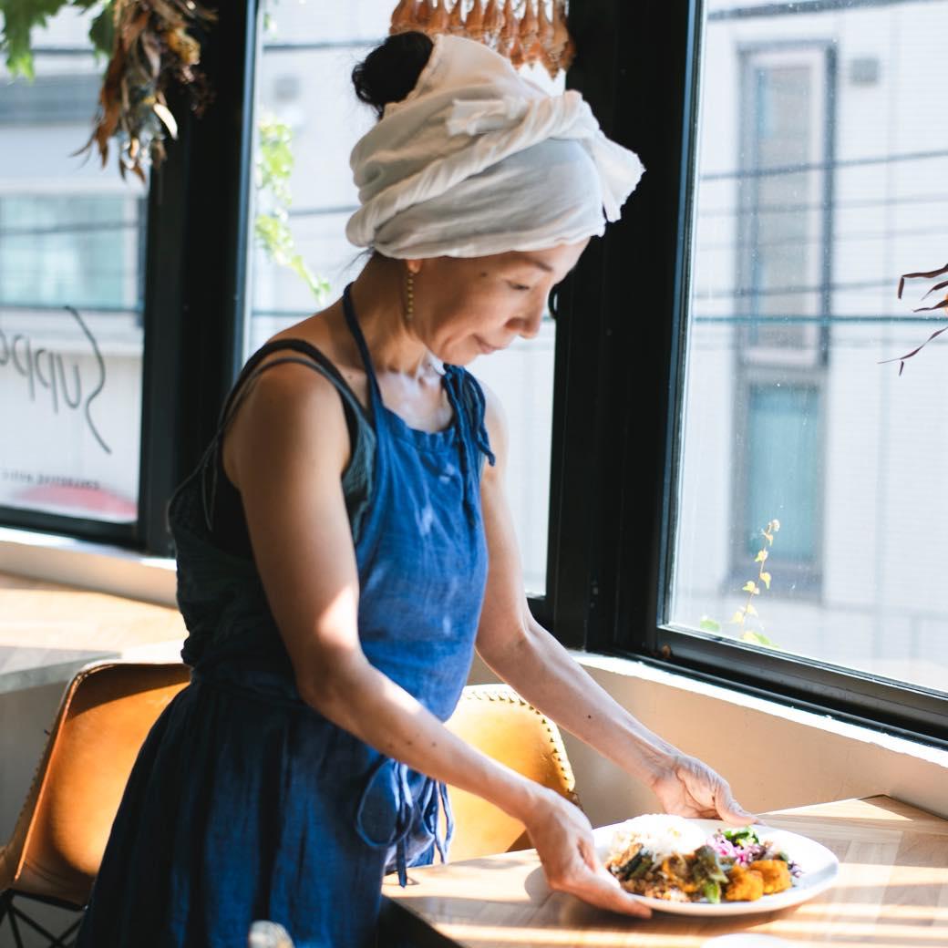 東京の働く女性が駆け込む料理家、中島芙美枝がもてなす最高のランチ