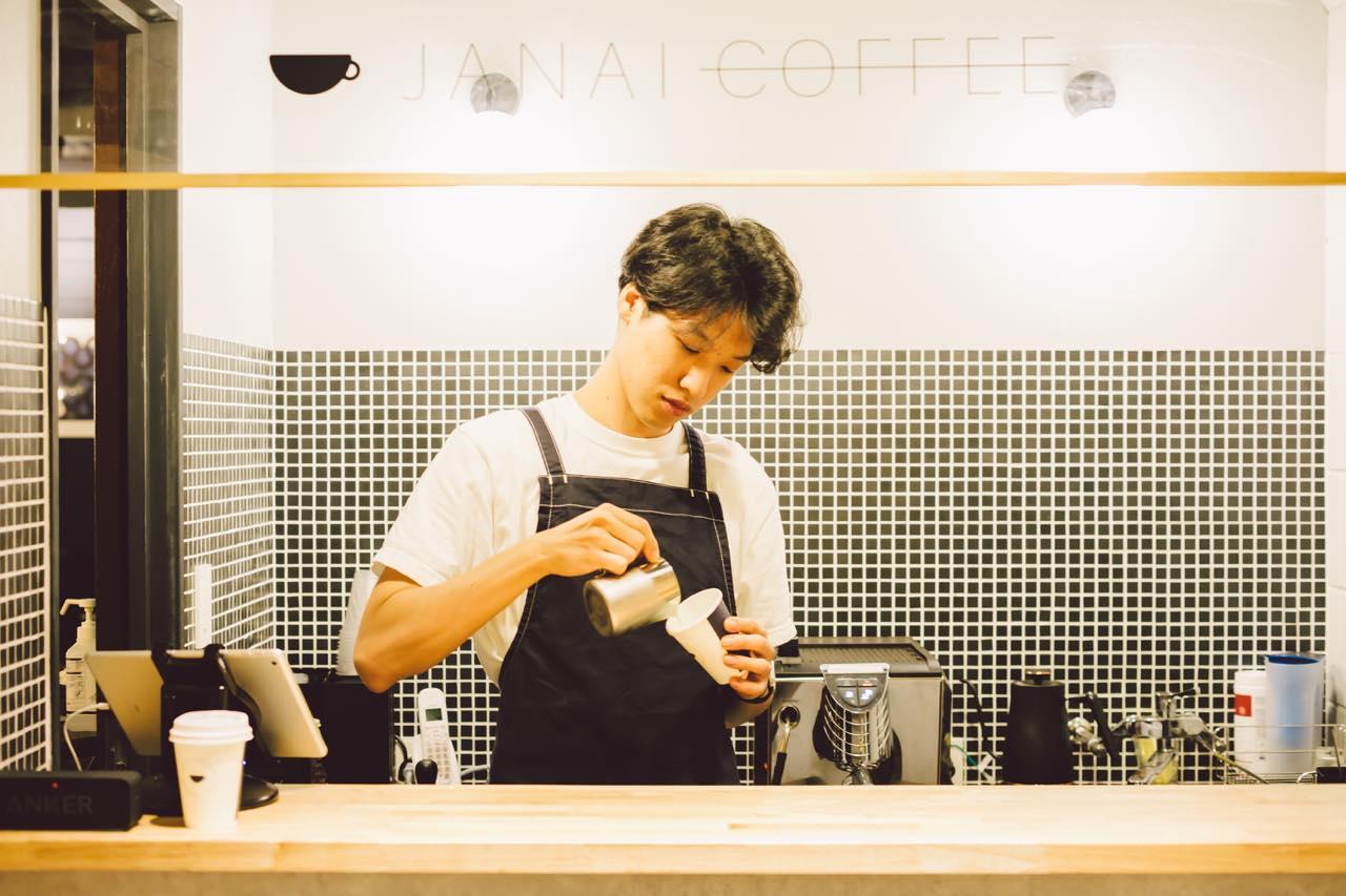 """コーヒースタンド""""じゃない""""?謎を解かないと入れない「JANAI COFFEE」の魅力"""