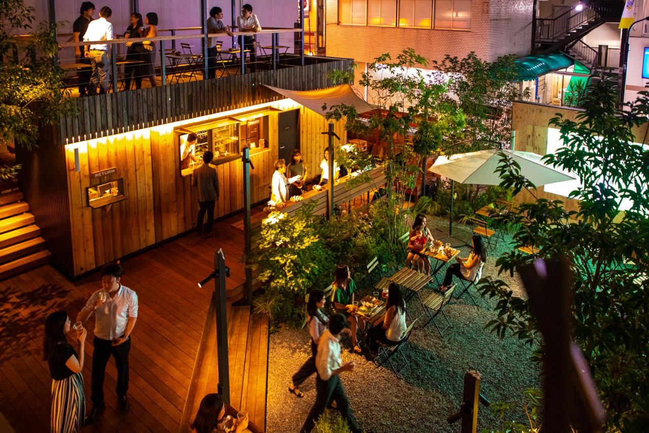 未知なる地域食材がずらり。新宿で、地方の食とつながる屋外施設が開業