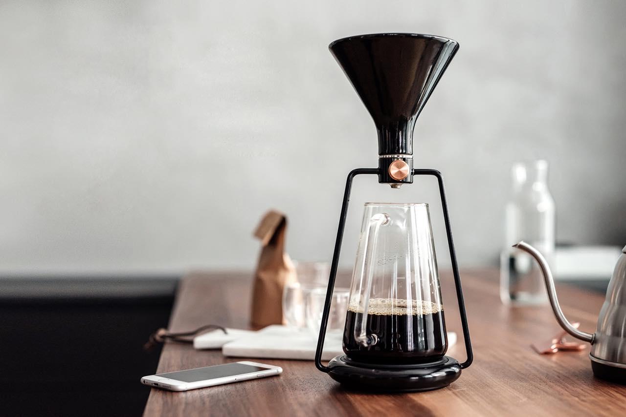 IoTの力で緻密に再現。淹れ立ての本格コーヒーを自宅で堪能
