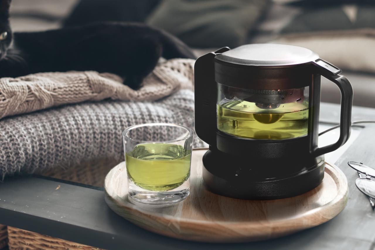 極上の一杯を淹れるスマートティーポット「teplo」が、茶葉のサブスクを開始