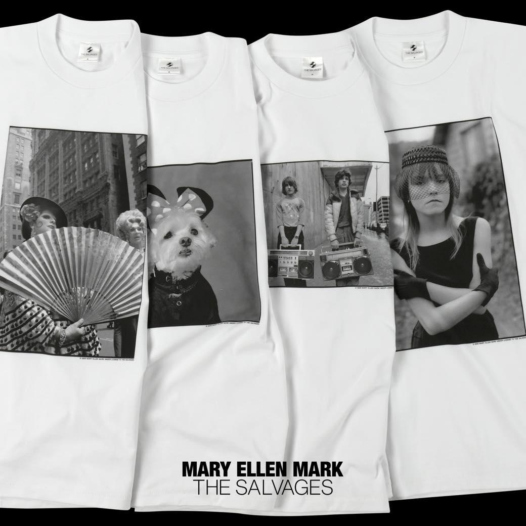 シンガポール発のファッションブランドが、あの有名写真家とコラボ。社会問題を切り取ったTシャツを身に纏う