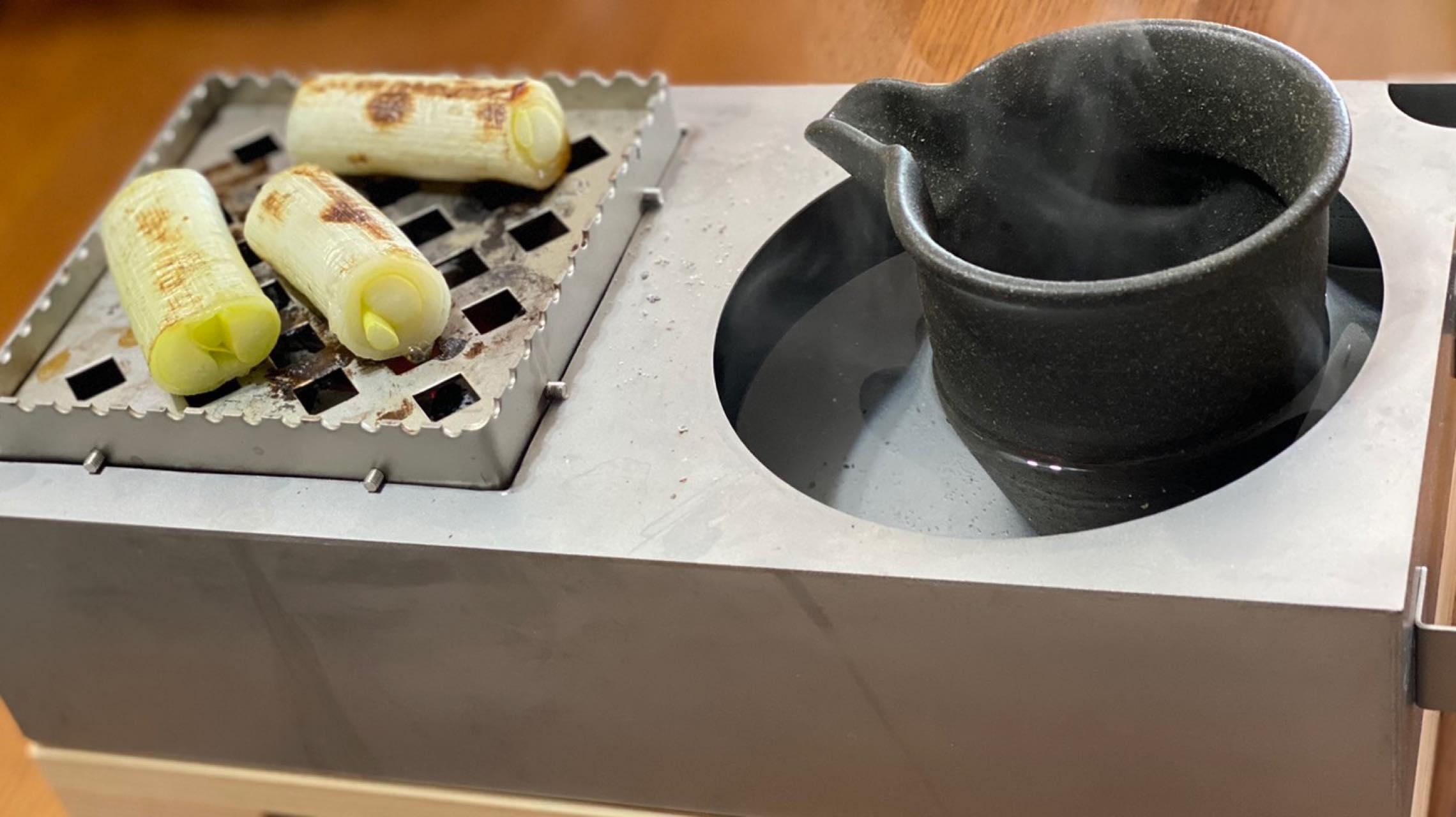 家飲みが極上の時間に。小型炭火調理器具「chibi chibi」で酒と肴を小粋につまもう