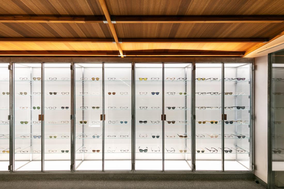 まるで美術鑑賞。アート感覚でアイウェアを選べる旗艦店「EYEVAN Tokyo Gallery」