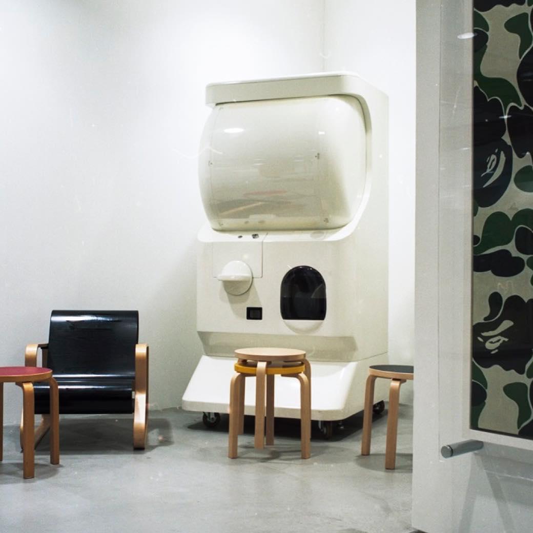 北欧家具も当たる、1回5000円の大人ガチャでこの夏の運試し