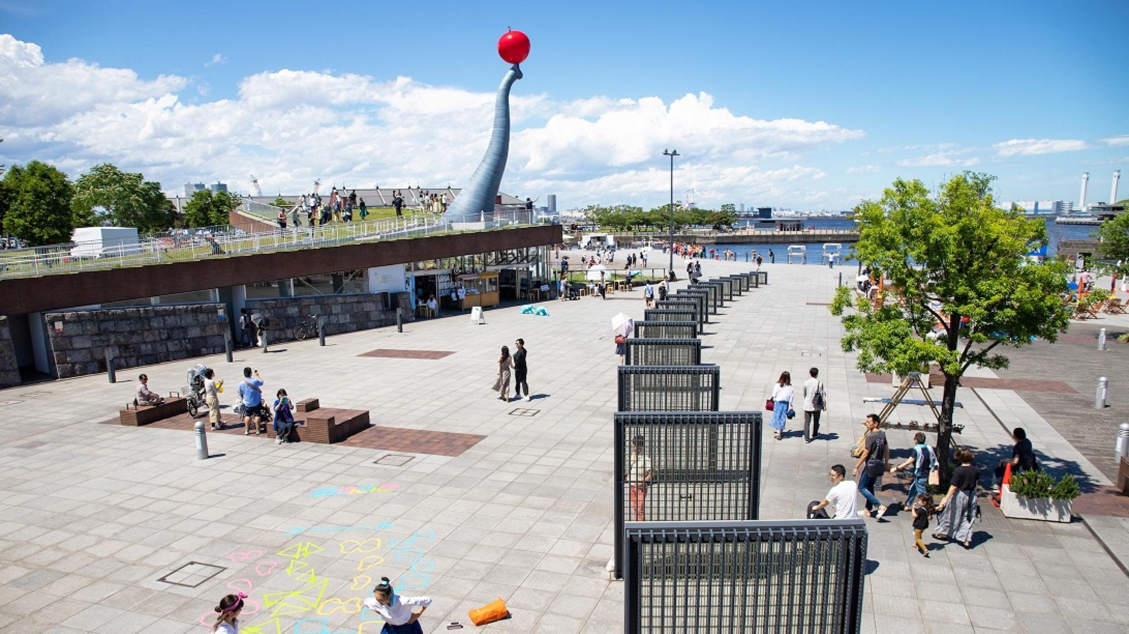 豊かな「余白」を求めて。アートに彩られた公共空間で、創造力を高める